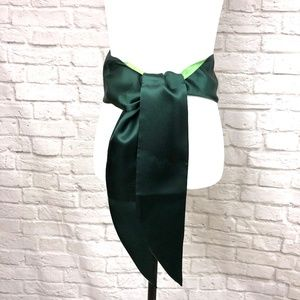 ❄️3 for 25❄️Old Navy Sash Green Size L\XL - NWOT